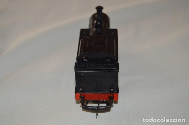 Trenes Escala: PRECIOSA LOCOMOTORA - TRIANG - BUILT IN BRITAIN - MUY ANTIGUA - ESCALA TT - FUNCIONA CORRECTAMENTE - Foto 5 - 63337196