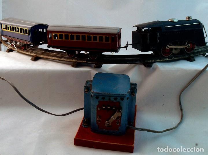 Trenes Escala: ANTIGUO TREN DE HOJALATA ELECTRICO PAYA - Foto 3 - 69362749