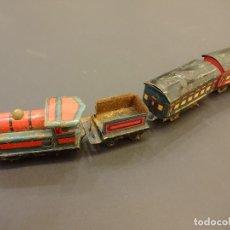 Trenes Escala: MUY ANTIGUO TRENECITO DE HOJALATA LITOGRAFIADA. 30 CTMS. DE LARGO APROXIMADO. Lote 72296775