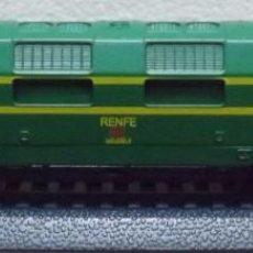 Trenes Escala: LOCOMOTORA DIESEL SERIE 4.000. Lote 76168835