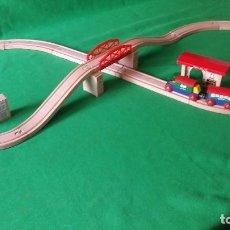 Trenes Escala: TREN DE MADERA CON CIRCUITO. Lote 80001929
