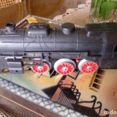 Trenes Escala: MAQUINA DE TREN 22 CMS LARGO. Lote 81167488