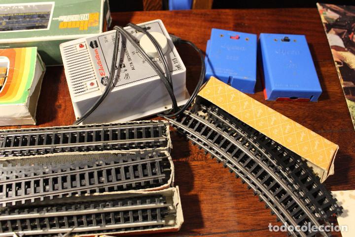 Trenes Escala: Enorme lote de trenes, vagones, vias catalogos escala h0 tren locomotora via maquina catalogo - Foto 12 - 81509088