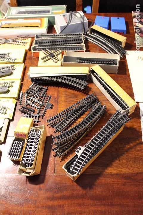 Trenes Escala: Enorme lote de trenes, vagones, vias catalogos escala h0 tren locomotora via maquina catalogo - Foto 13 - 81509088