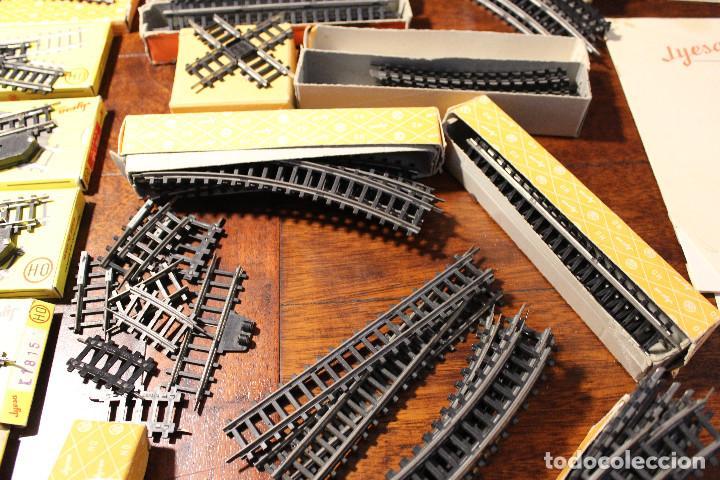 Trenes Escala: Enorme lote de trenes, vagones, vias catalogos escala h0 tren locomotora via maquina catalogo - Foto 15 - 81509088