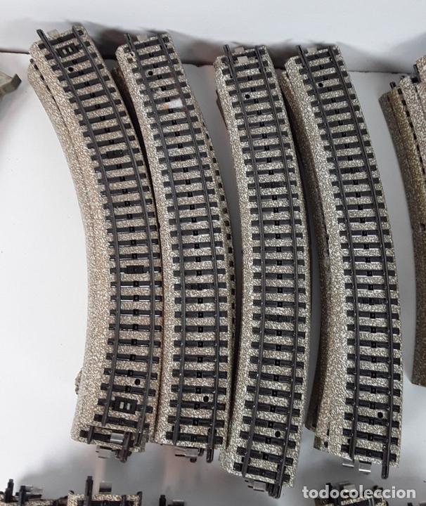 Trenes Escala: GRAN LOTE DE 235 VIAS MARKLIN Y ELECTROTEN. METAL. ESCALA H0. CIRCA 1960 (VER DESCRIPCION) - Foto 18 - 91430285