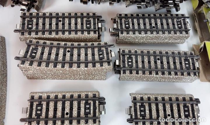Trenes Escala: GRAN LOTE DE 235 VIAS MARKLIN Y ELECTROTEN. METAL. ESCALA H0. CIRCA 1960 (VER DESCRIPCION) - Foto 20 - 91430285