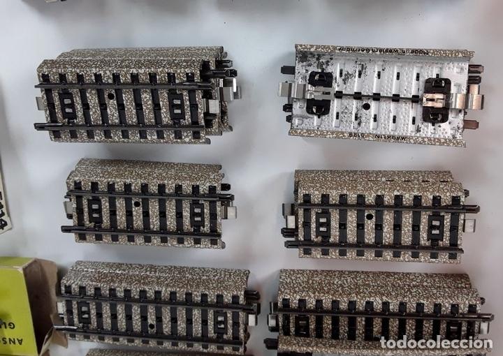 Trenes Escala: GRAN LOTE DE 235 VIAS MARKLIN Y ELECTROTEN. METAL. ESCALA H0. CIRCA 1960 (VER DESCRIPCION) - Foto 23 - 91430285