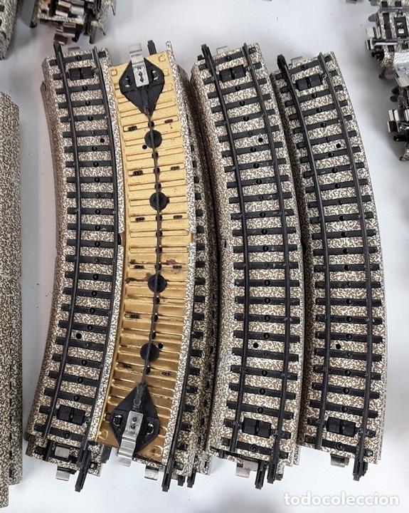 Trenes Escala: GRAN LOTE DE 235 VIAS MARKLIN Y ELECTROTEN. METAL. ESCALA H0. CIRCA 1960 (VER DESCRIPCION) - Foto 28 - 91430285