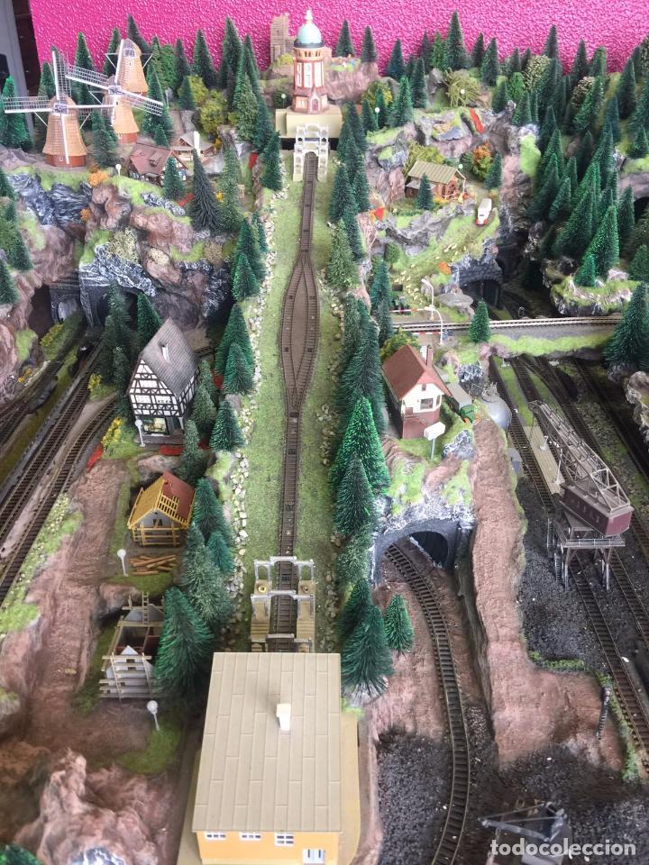 Trenes Escala: Extraordinaria y única MAQUETA DE TREN, gran tamaño, mas de 3 metros. Escala N. Leer mas... -vídeo- - Foto 2 - 95985167