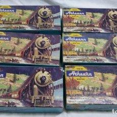 Trenes Escala: ATHEARN HO H0 6 VAGONES ANTIGUOS AMERICANOS EN CAJA. Lote 96099343