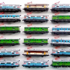 Trenes Escala: LOTE DE 18 LOCOMOTORAS. SEINSA. PEQUETREN. RENFE. A PILAS. NUEVAS. FUNCIONANDO EN PERFECTO ESTADO. . Lote 100746555