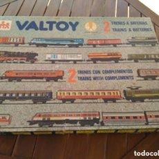 Trenes Escala: TREN BATERIAS VALTOY DOBLE -2 TRENES MERCANCIA Y PASAJEROS,AÑO 1977-46 PIEZAS . Lote 104054419