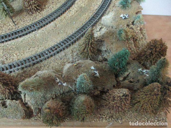 Trenes Escala: Bonita Maqueta Antigua - Ibertren - Escala 3N - Diorama - Estación Salou - Años 70 - Foto 14 - 104682683