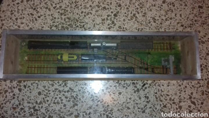 Trenes Escala: Antigua vitrina con estación de tren - Foto 2 - 105851167