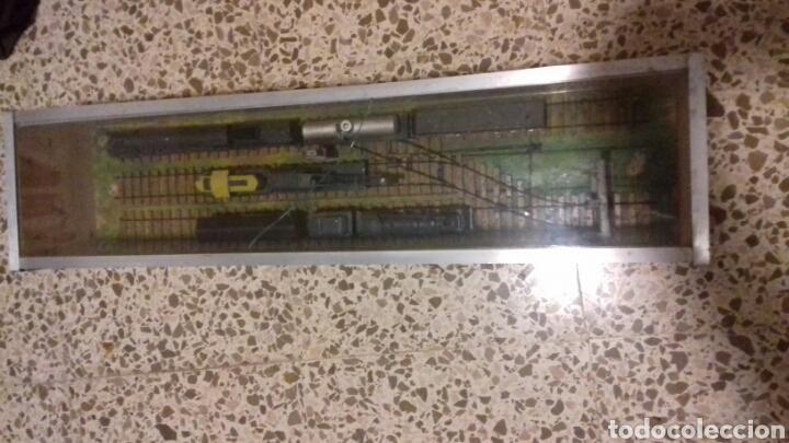 Trenes Escala: Antigua vitrina con estación de tren - Foto 3 - 105851167