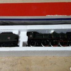Trenes Escala: LOCOMOTORA VAPOR HO JOUEF 8256. Lote 105895336