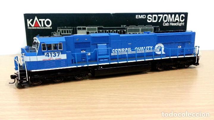 Trenes Escala: Locomotora Kato EMD SD70MAC Conrail #4137 Escala H0 - Foto 2 - 106677023