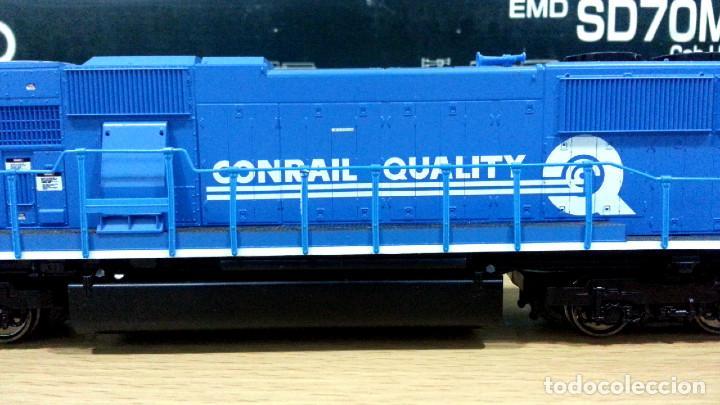 Trenes Escala: Locomotora Kato EMD SD70MAC Conrail #4137 Escala H0 - Foto 6 - 106677023