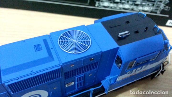 Trenes Escala: Locomotora Kato EMD SD70MAC Conrail #4137 Escala H0 - Foto 10 - 106677023