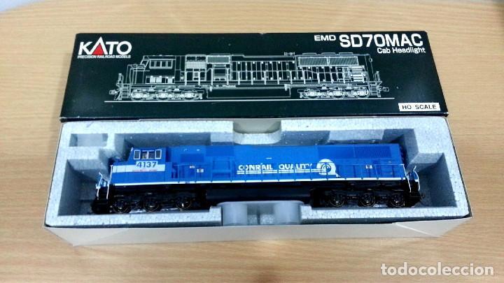 Trenes Escala: Locomotora Kato EMD SD70MAC Conrail #4137 Escala H0 - Foto 13 - 106677023