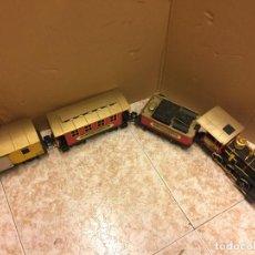 Trenes Escala: LOCOMOTORA CON 2 VAGONES TOY-STATE, EN CONJUNTO MIDEN APROX 1,10METROS DE LARGO. Lote 107734075
