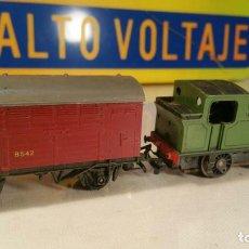 Trenes Escala: LOCOMOTORA Y VAGON TRI-ANG H0. Lote 110485059