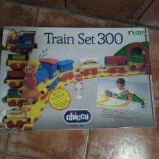 Trenes Escala: TREN INFANTIL DE JUGUETE MOTORIZADO - TRAIN SET 300 - TREN EN MINIATURA MARCA CHICCO - AÑOS 90. Lote 111778767