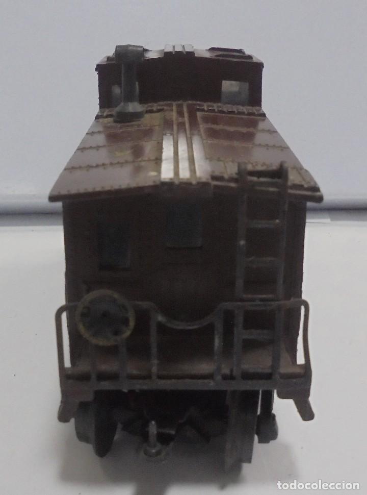 Trenes Escala: LOTE DE TRENES LIONEL. LOCOMOTORA, VAGON, VAGON GRUA, APARATO VIAS. BUEN ESTADO. VER FOTOS Y LEER - Foto 26 - 112317923