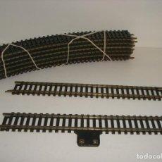 Trenes Escala: H0 YUGOSLAVIA 12 R400 30º 1 RECTA Y CONECTOR CORRIENTE (F). Lote 112354919