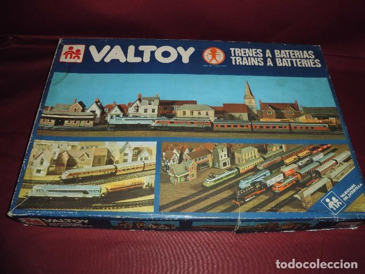 MAGNIFICO TREN ANTIGUO VALTROY REF 775 (Juguetes - Trenes - Varios)