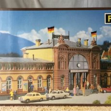 Trenes Escala: FALLER ESTACIÓN BONN H0 REF 110115. Lote 118204752