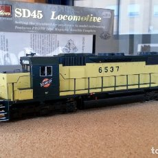 Trenes Escala: LOCOMOTORA PROTO 2000 SERIES SD 45 CHICAGO & NORTH WESTERN NO. 6537 ESCALA H0 (NUEVA). Lote 118222915