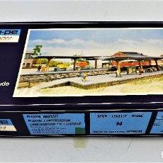 Trenes Escala: CONSTRUCCIÓN FERROVIARIA ANDENES DE ESTACIÓN CONSTRUCCIONES DE VAUPE. Lote 124407851