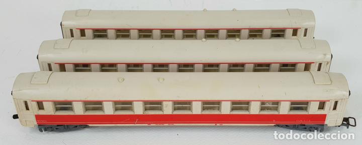 3 VAGONES JOUEF. RENFE ESN 678. MADE IN IRELAND. TREN RICO. ESCALA H0. SIGLO XX. (Juguetes - Trenes Escala H0 - Otros Trenes Escala H0)