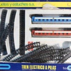 Trenes Escala: TREN ELÉCTRICO A PILAS. Lote 132817514
