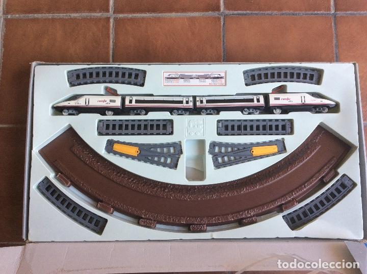 Trenes Escala: Ave S/102 Renfe Pequetren - Foto 2 - 133040382
