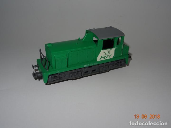 Trenes Escala: Antigua Locomotora Diesel de Maniobras en Escala *H0* de JOUEF - Año 1980s. - Foto 3 - 133379506