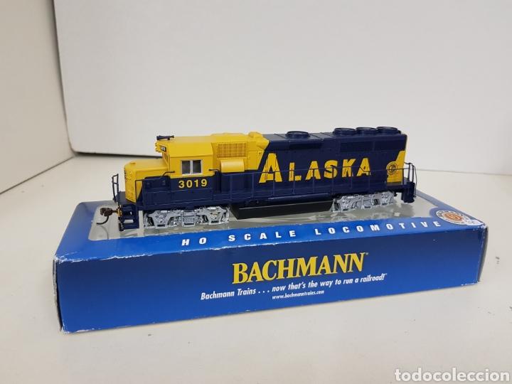 Trenes Escala: Locomotora Bachmann 63510 Alaska diésel escala H0 corriente continua azul y amarilla 20CMS - Foto 4 - 137521141