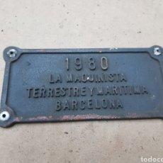 Trenes Escala: PLACA FERROVIARIA 17X8,5CMS 1980 LA MAQUINISTA TERRESTRE Y MARÍTIMA BARCELONA. Lote 142660449