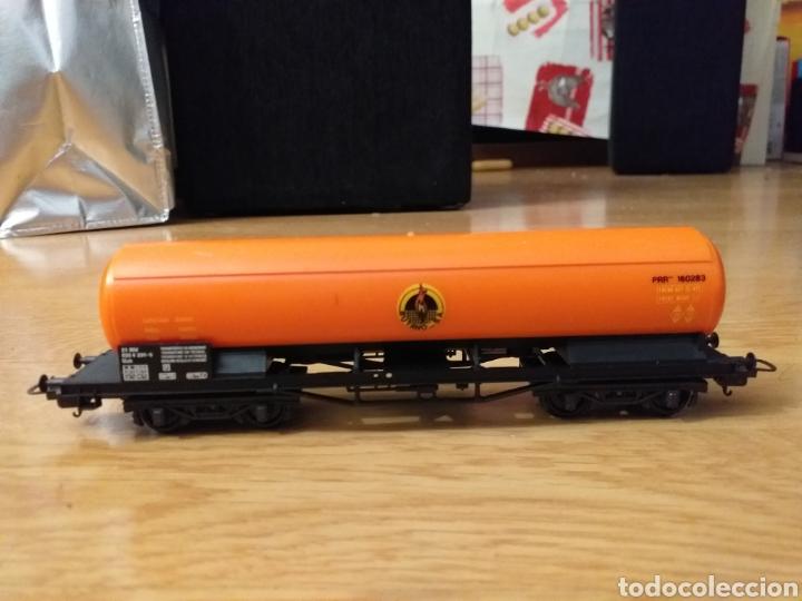 Trenes Escala: Lote de varios trenes, locomotoras, vagones, vías, transformadores casas y figuras. - Foto 11 - 150267466