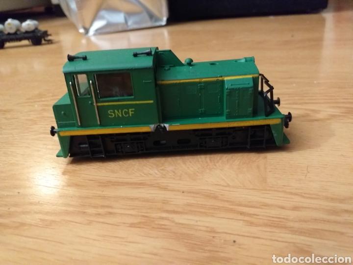 Trenes Escala: Lote de varios trenes, locomotoras, vagones, vías, transformadores casas y figuras. - Foto 14 - 150267466