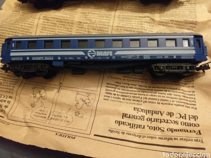 Trenes Escala: Lote de varios trenes, locomotoras, vagones, vías, transformadores casas y figuras. - Foto 34 - 150267466