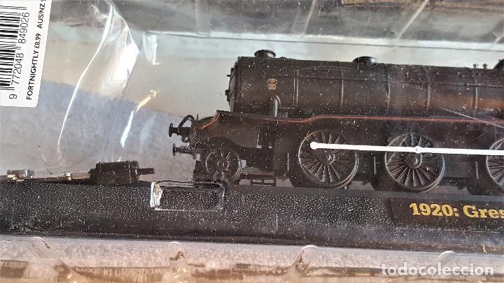 Züge Spur: SUPER LOTE 4 TRENES - 37.CM LARGO DE PASTA MAQUETA - SIN USO EN BLISTER - Foto 3 - 150490446