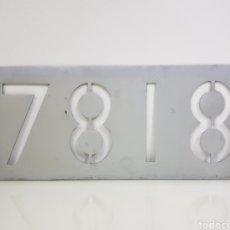 Trenes Escala: PLACA FERROVIARIA METÁLICA 7818 REAL MEDIDAS 44 X 19 CM. Lote 151087481