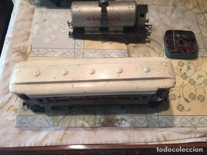 Trenes Escala: Antiguos 4 tren / trenes de juguete de varias marcas como paya de los años 40-50 - Foto 3 - 151167978