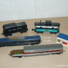 Trenes Escala: TRIANG LOTE 2 VAGONES RAILWAYS H0 + 2 VAGONES NEW YORK CENTRAL 0 SCALE 70'S. Lote 151685126