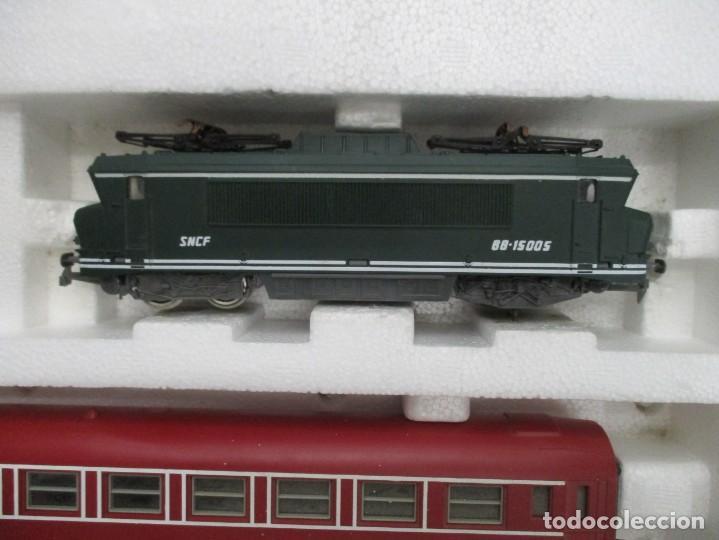 Trenes Escala: EXCEPCIONAL CAJA JOUEF - TRANS EURO NUIT - TRES VAGONES + LOCOMOTORA - CON CAJA MUY BUEN ESTADO - Foto 2 - 151712114
