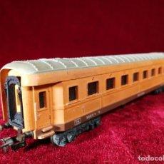 Trenes Escala: VAGON POCHER ORIGINAL H0 VAGON DE PASAJEROS F.S.C. 32502 CHAPA Y METAL. Lote 151852590
