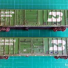 Trenes Escala: WALTHERS LOTE DE 2 VAGONES CERRADOS BURLINGTON NORTHERN ESCALA H0. Lote 152143894